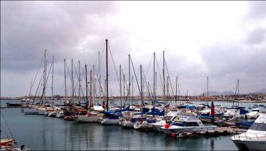 Alles bleibt anders | Hafen - Corralejo