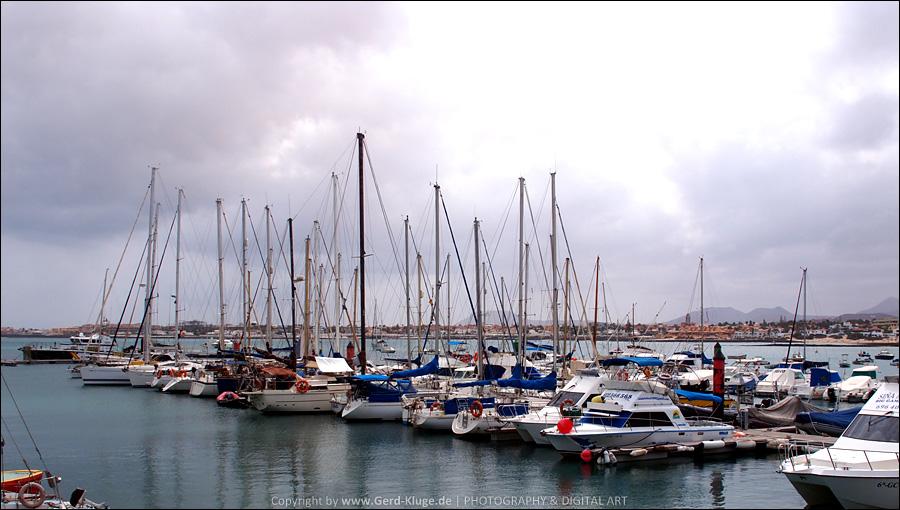 Alles bleibt anders   Hafen - Corralejo