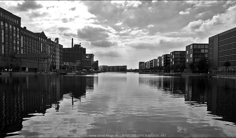 Black & White Juni 2020 | Innenhafen - Duisburg